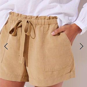 Pants - Loft - Tie waist safari shorts- used/size large